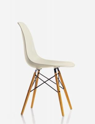 Plastic Chair Wood DSW