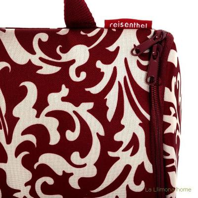 Reisenthel neceser bag baroque ruby 1 - La Llimona