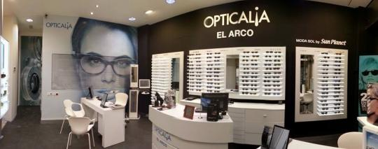 DECORACION DE OPTICALIA